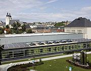 JUMBOSOLAR für Industriehallen, Gewerbeobjekte, Schwimmbäder, Sporthallen ...